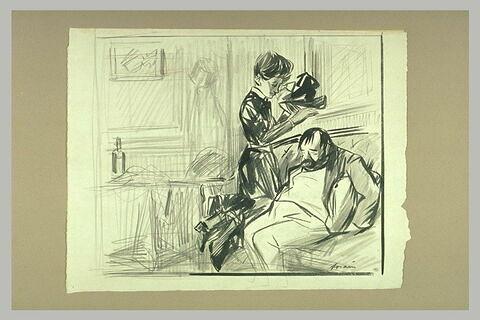 Un homme affaissé et endormi sur un divant et une jeune femme