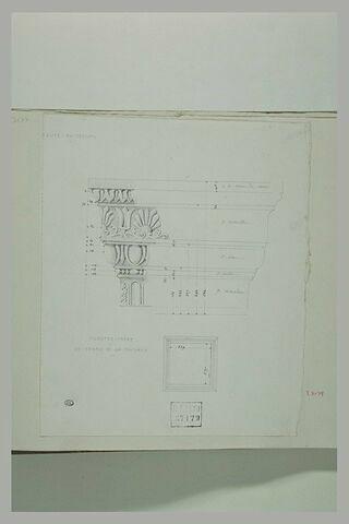 Moulures et plan d'un pilastre carré, dans l'église du Crucifix, à Assise