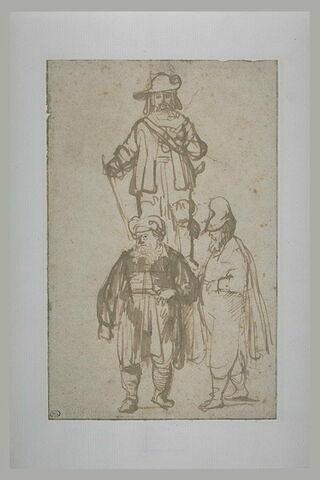 Etude de trois personnages, l'un en costume d'officier dominant les autres