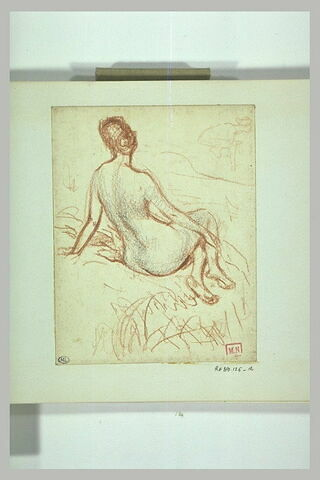Femme nue, assise sur le sol, de dos, et léger croquis de femme penchée