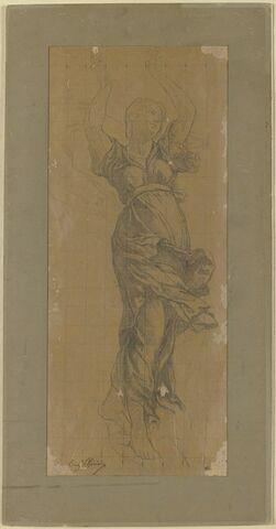 Femme drapée, debout dans les airs, les bras levés