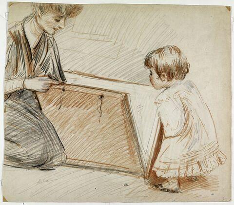 Madame Helleu, à genoux, regardant un carton à dessin avec Paulette