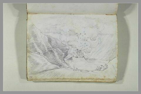 Vue d'une éruption du cratère du Vésuve ; quelques silhouettes esquissées...