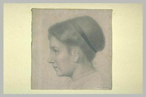 Tête de jeune femme, de profil à gauche