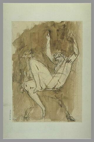 Femme assise, les bras levés