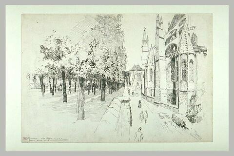 Le chevet de la cathédrale de Bourges et les remparts