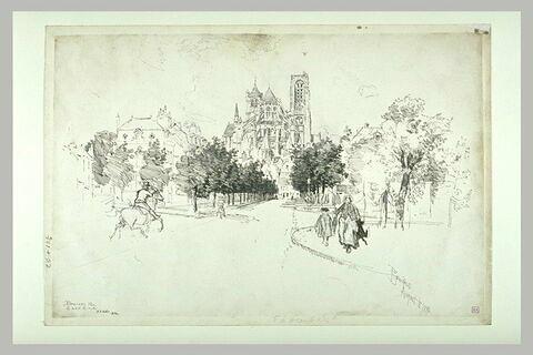 Le chevet de la cathédrale de Bourges vu du boulevard