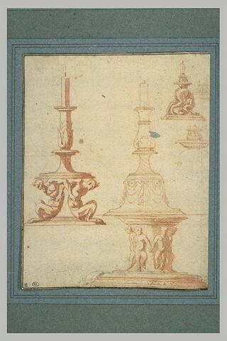 Décoration d'entablement (?) ; annotations manuscrites