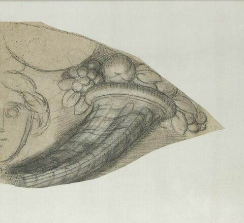 Cornes d'abondance et tête (partie droite)
