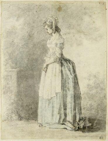 Femme debout, en tablier, de profil à gauche, les mains sur le ventre