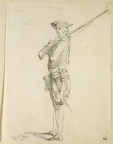 Un soldat d'infanterie, le fusil sur l'épaule