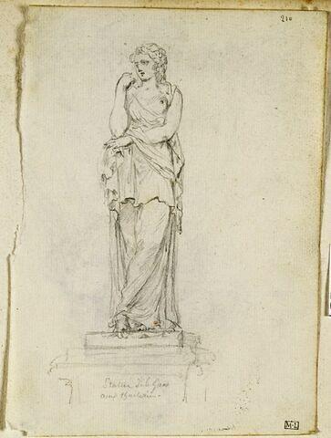 Etude d'une statue représentant une femme drapée
