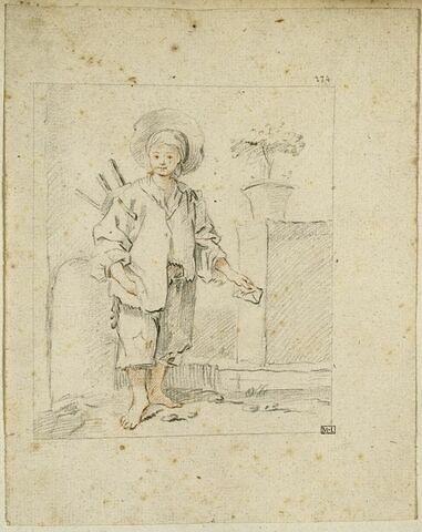 Jeune garçon vêtu de loques, portant un tabouret sur l'épaule
