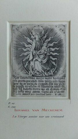 La Vierge assise sur un croissant