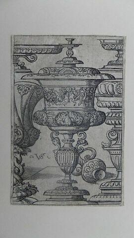 Plusieurs vases
