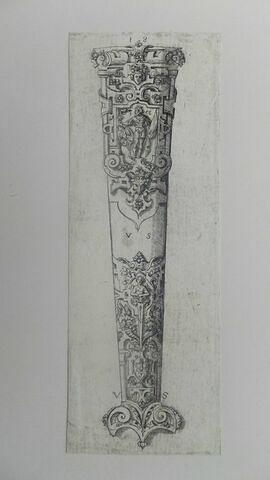 Gaine de poignard au roi couronné (N° 18)