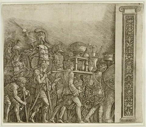 Les porteurs de corselets avec un pilastre