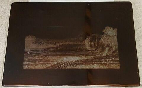 Paysage boisé avec un château à gauche et une montagne au loin