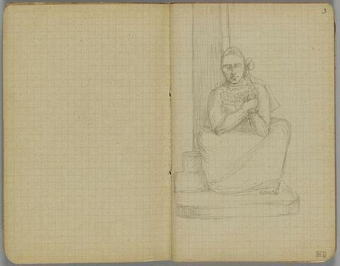 Bretonne assise de face, devant un pilier
