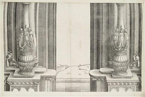 L'arc de triomphe de Maximilien : partie centrales des colonnes de la porte principale de l'Honneur et du Pouvoir