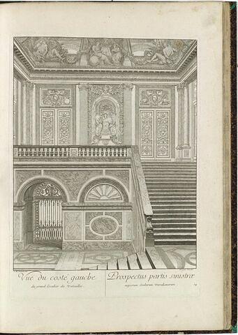Vue du côté gauche, du grand Escalier de Versailles