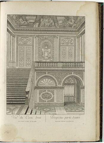 Vue du Côté droit, du Grand Escalier de Versailles.